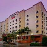 邁阿密機場南費爾菲爾德客棧&套房酒店