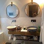 Photo de Story Hotel Riddargatan