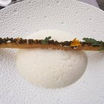 perles de caviar sur croustillant .....