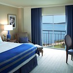 Lakefront King Guest Room