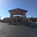 Foto de Americas Best Value Inn Buffalo
