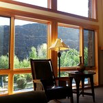 Floor to vaulted ceiling windows for terrific views of the river, canyon and wildlife.