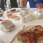 Très bon petit déjeuner dans le calme, du choix mais surtout de la qualité, un moment parfait po