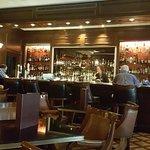 Foto de Library Bar- The Royal York Hotel