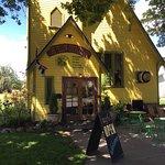 Foto de The Yellow Church Cafe