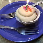 A birthday GF cupcake!