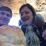 Pan casero con guiso de cordero en su interior