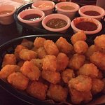 Tater tots (with seven sauce options)