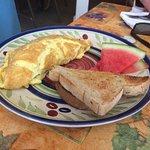 Foto de Morning at Maggie's Omelette Shoppe