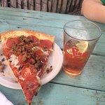 Photo de Taos Pizza Out Back