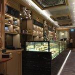 ภาพถ่ายของ The Mandarin Oriental Shop at Central Chidlom