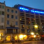 vue de l'hôtel prise du vieux port