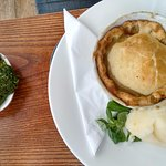Leek & stilton vegetarian pie