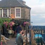 Photo de Castle Tavern