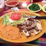 صورة فوتوغرافية لـ Los Aztecas