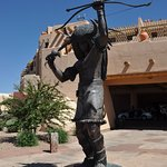 Statue at motor entrance of hotel