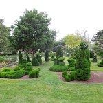 Photo de Topiary Garden