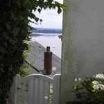 und zwischendurch immer wieder ein zauberhafter Blick auf die Elbe