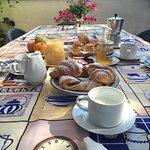 Photo de Villa Rosa  Etna Bed & Breakfast