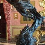 opera moderna in bronzo