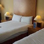 The Connacht Hotel Foto