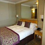 Photo de Hotel Pomme d'Or