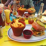 Burger Classico et Super Chouette + Ice Tea