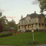 The Inn at Antietam - Adjacent to the Antietam National Cemetary in historic Sharpsburg, MD