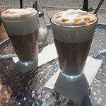 Café latte i solen!