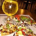 Publish your own signature pizza and pineapple cidre