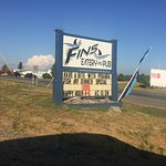 Fins Eatery and Pub