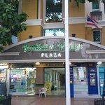 Zdjęcie Rambuttri Village Inn & Plaza