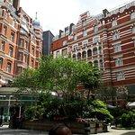 Foto de St. James' Court, A Taj Hotel