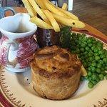 Angus steak pie