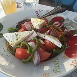 Der Greek Salat