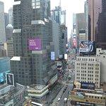 Photo de Novotel New York Times Square