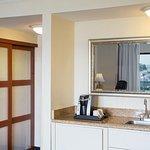 Photo de The Marina Inn on San Francisco Bay