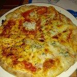 Buenas pizzas, trato familiar,  precio positivo