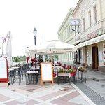 Lotos | Pansion | Prenoćište | Restoran | Apartman | Sobe | Smještaj | Pizza | Slavonski Brod