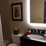 Photo de Shelburne NYC–an Affinia hotel