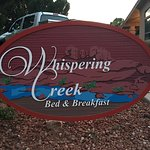 Whispering Creek Bed & Breakfast resmi