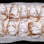 صورة فوتوغرافية لـ Housewife Bake Shop & Deli