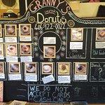 Photo de Granny's Gourmet Donuts