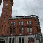 Foto de Trinity City Hotel