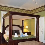 Parlor Room bed