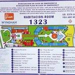 Plano de ubicacion de la habitacion en el Hotel (sector en rojo al medio)