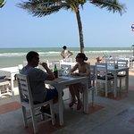 White Sand Beach Hotel Foto
