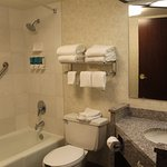 Photo de Drury Inn & Suites St. Joseph