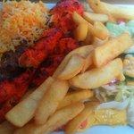 Assiette mixte brochette de poulet Tandoori et viande de bœuf marinée