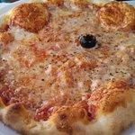 pizza for 35 Kuna